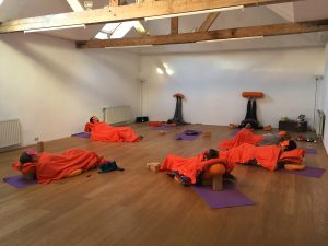 YogaBeez Restorative Yoga - Advanced Yoga Training, Brussels