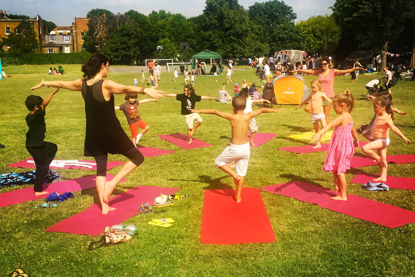YogaBeez yoga mindfulness and Montessori classes for kids in London